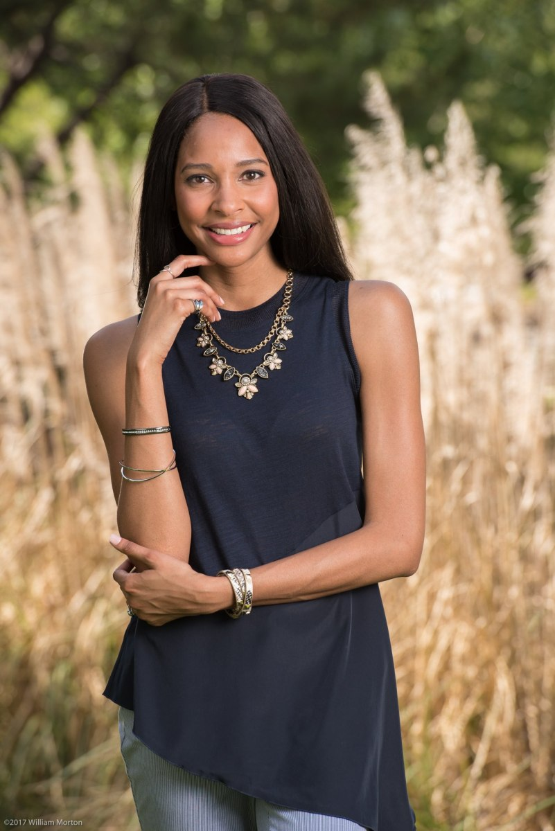 Lifestyle photography for custom jewelry advertising