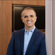Executive portrait of Carlos Vaz on location