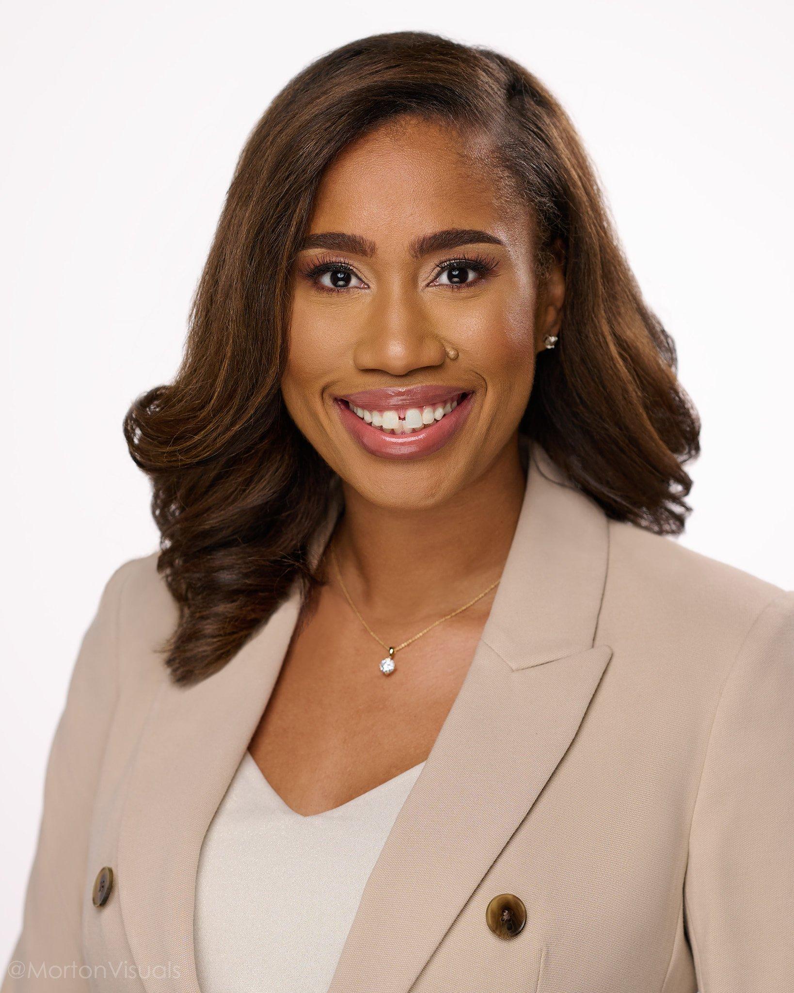 business headshot of Sherell Jefferson on white background
